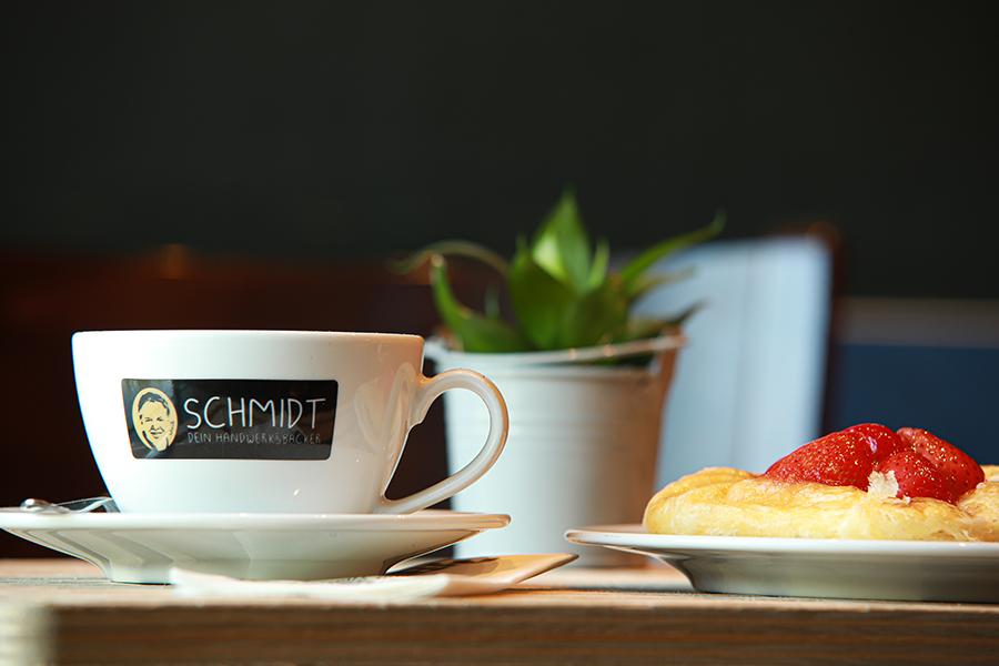 Dein Handwerksbäcker Schmidt Kaffee und Süsses